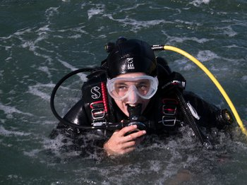 First Class Diver image